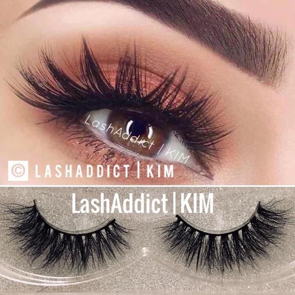 8ccdb041cdc Miami Mink Lashes Eyelashes 3d Fur lilly makeup. M_5a46f94a9d20f0cb0513c35b